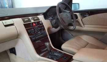 1997 Mercedes-Benz E-Class E 320 Auto For Sale in Vereeniging full